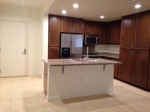 apartment for rent 21301 Erwin St. Woodland Hills, Ca. Woodland Hills, California - Hometaurus