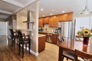 home for sale 6511 9th Ave. Sacramento, California - Hometaurus