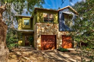 home for sale 2004 La Casa Dr. Austin, Texas - Hometaurus