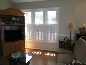 condo townhouse 1243 Watermark Court. High Point, North Carolina - Hometaurus