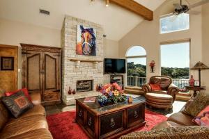 home for sale 325 Melbourne Trail. Graford, Texas - Hometaurus