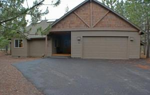 home for sale 6 Crag Lane. Sunriver, Oregon - Hometaurus