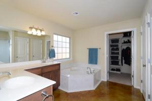 home for sale 5319 Skylane Pl. Sand Springs, Oklahoma - Hometaurus