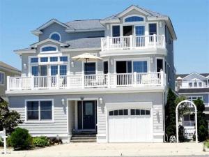home for sale 50 Seabreeze Ln. Avalon, New Jersey - Hometaurus