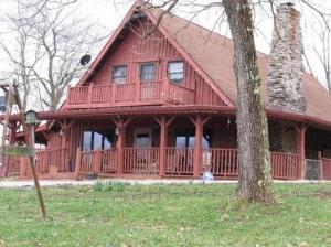 farm 1230 Clay Burgin Road. Lawrenceburg, Kentucky - Hometaurus