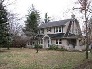 home for sale 12206 Old Shelbyville Rd. Louisville, Kentucky - Hometaurus