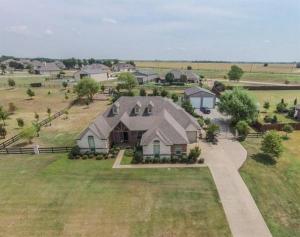 home for sale 2180 Lucas Creek Drive. Allen, Texas - Hometaurus