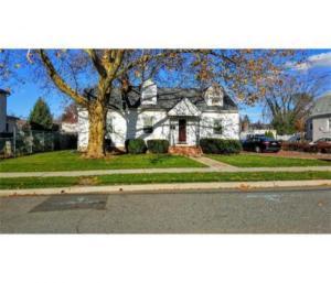 home for sale 31 South Robert Street. Sewaren, New Jersey - Hometaurus