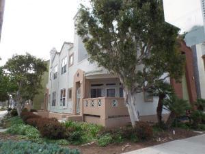 condo townhouse 3919 Normal Street. San Diego, California - Hometaurus
