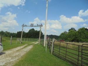 farm 6652  S Cr 675 E. Hardinsburg, Indiana - Hometaurus