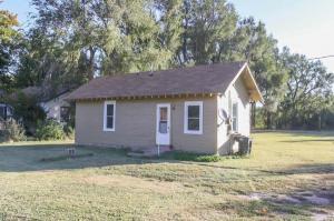 home for sale 700 N Main St.. Preston, Kansas - Hometaurus