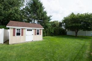 home for sale 25 Gerek Avenue. West Islip, New York - Hometaurus