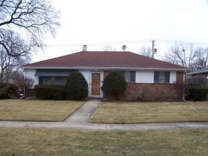 862 E Algonquin Rd Des Plaines, Illinois