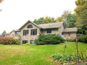 7396 West Bend Rd Theresa, Wisconsin