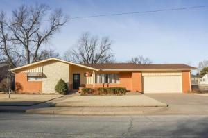 415 Belmont Rd Pratt, Kansas