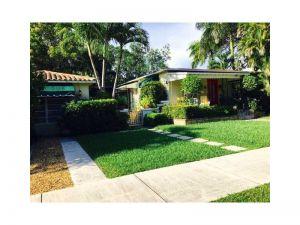 2555 Overbrook St. Coconut Grove, Florida - Hometaurus