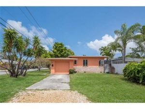 1044 NE 16th Ave. Fort Lauderdale, Florida