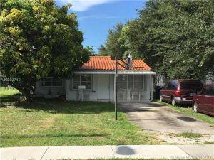 2182 NE 182nd St. North Miami Beach, Florida - Hometaurus