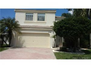 2386 NW 157th Ln. Pembroke Pines, Florida - Hometaurus