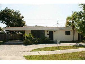 19825 SW 88th Pl. Cutler Bay, Florida - Hometaurus