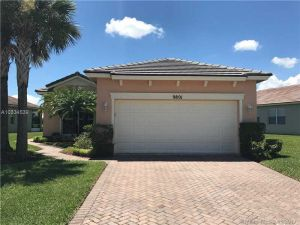 9801 SW Eastbrook Cir. Port St. Lucie, Florida - Hometaurus