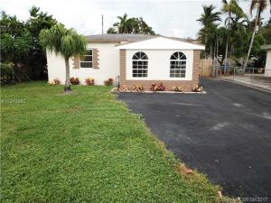 216 SW 22nd St. Fort Lauderdale, Florida - Hometaurus