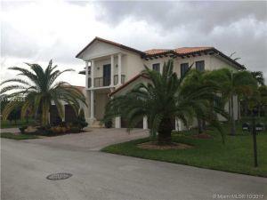 7945 SW 193rd St. Cutler Bay, Florida - Hometaurus