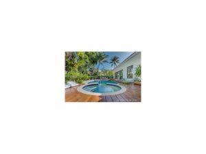 295 S Hibiscus Dr. Miami Beach, Florida - Hometaurus