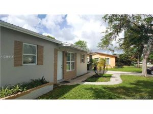 1321 NW 50th Ave. Lauderhill, Florida - Hometaurus