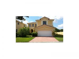 4612 NW 94 Ct. Doral, Florida - Hometaurus