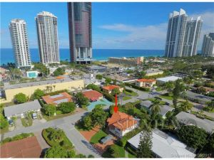 18620 Atlantic Blvd. Sunny Isles Beach, Florida - Hometaurus