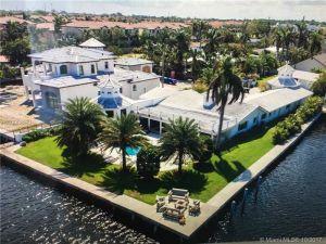 821 Bamboo Ln. Delray Beach, Florida - Hometaurus