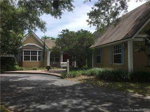 11805 SW 66th Ave. Pinecrest, Florida - Hometaurus