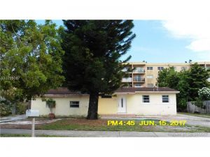 630 W 70th Pl. Hialeah, Florida - Hometaurus