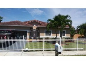 406 SE 17th Ave. Homestead, Florida - Hometaurus