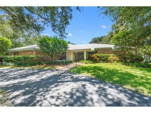 7391 SW 156th St. Palmetto Bay, Florida - Hometaurus