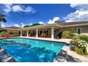 13303 SW 58th Ave. Pinecrest, Florida - Hometaurus