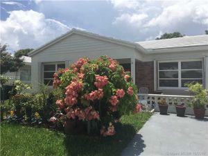 7202 NW 73rd St. Tamarac, Florida - Hometaurus
