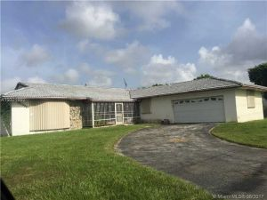32990 SW 187th Ave. Florida City, Florida - Hometaurus