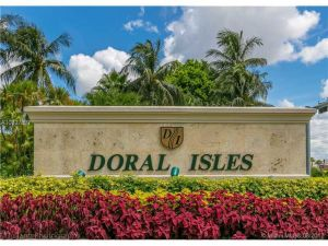 6773 NW 107th Pl. Doral, Florida - Hometaurus