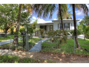 1951 NE 158th St. North Miami Beach, Florida - Hometaurus