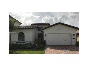 1112 SW 113th Ave. Pembroke Pines, Florida - Hometaurus