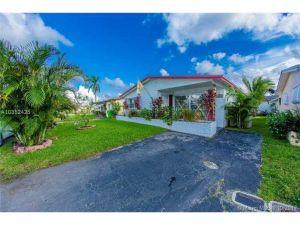 6804 NW 27th Ct. Sunrise, Florida - Hometaurus