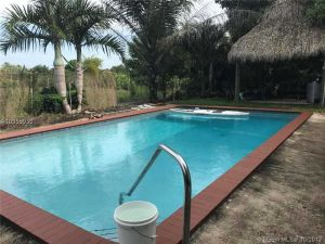 15980 SW 288th St. Homestead, Florida - Hometaurus