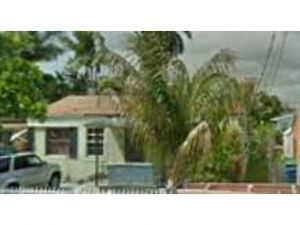 265 NW 82 Te. Miami, Florida - Hometaurus