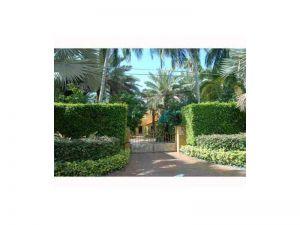 394 S Hibiscus Dr. Miami Beach, Florida - Hometaurus