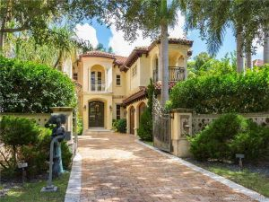 177 Bal Cross Dr. Bal Harbour, Florida - Hometaurus