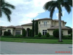 650 Sweet Bay Ave. Plantation, Florida - Hometaurus