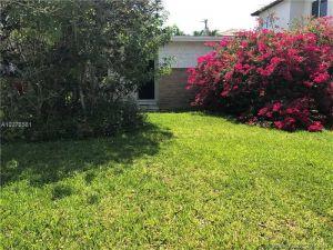 561 Warren Ln. Key Biscayne, Florida - Hometaurus
