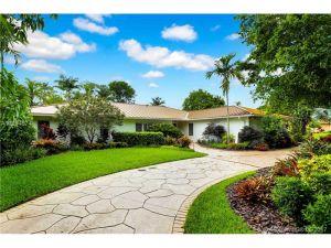 9501 SW 70th Ave. Pinecrest, Florida - Hometaurus